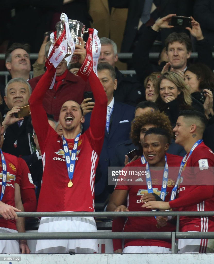 Zlatan Ibrahimovic of Manchester United lifts the EFL Cup after the EFL Cup Final match between Manchester United and Southampton at Wembley Stadium on February 26, 2017 in London, England.