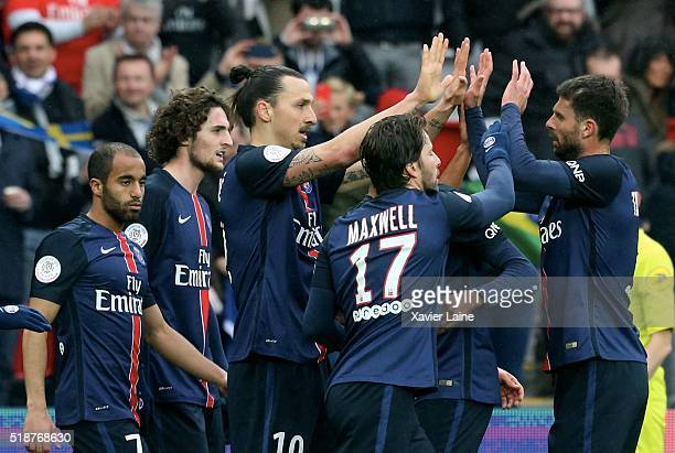 Zlatan Ibrahimovic of Paris SaintGermain celebrate his second goal with Lucas Moura Thiago Motta Maxwell and Thiago Silva during the French Ligue 1...