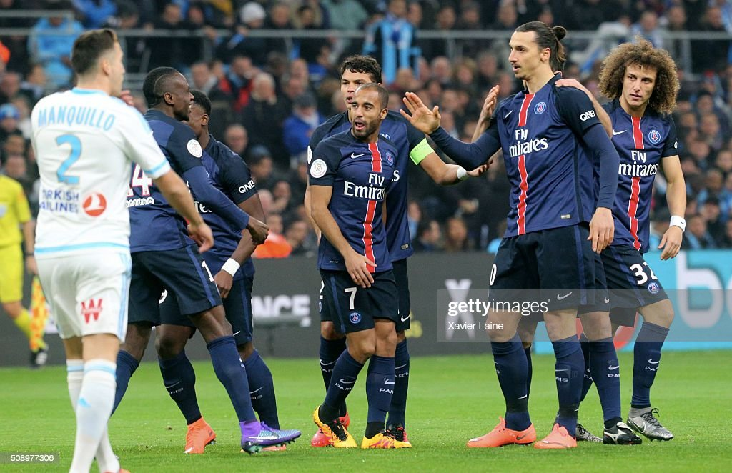 Zlatan Ibrahimovic of Paris Saint-Germain celebrates his goal with teammates during the French Ligue 1 between Olympique de Marseille and Paris Saint-Germain at Stade Velodrome on February 7, 2016 in Marseille, France.