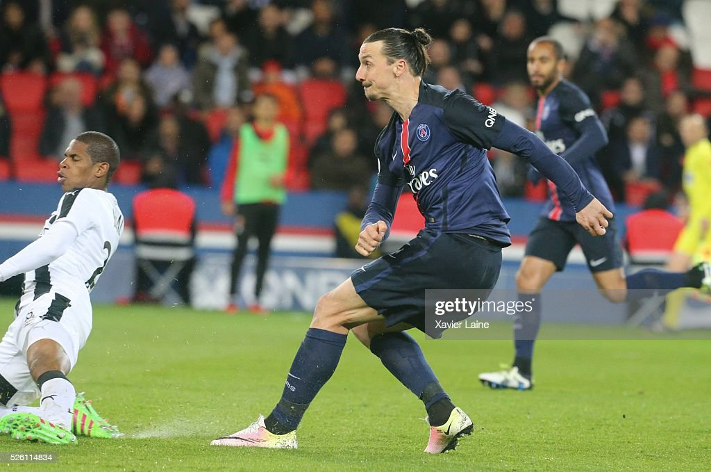 <a gi-track='captionPersonalityLinkClicked' href=/galleries/search?phrase=Zlatan+Ibrahimovic&family=editorial&specificpeople=206139 ng-click='$event.stopPropagation()'>Zlatan Ibrahimovic</a> of Paris Saint-Germain scores his second goal during the French Ligue 1 match between Paris Saint-Germain and Stade Rennais at Parc des Princes on april 29, 2016 in Paris, France.