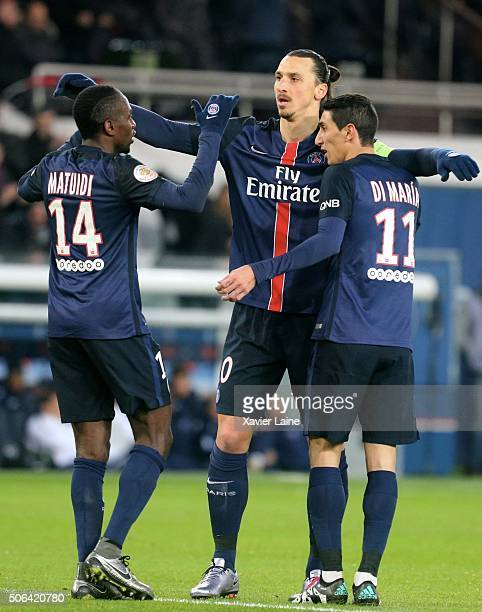 Zlatan Ibrahimovic of Paris SaintGermain with Blaise Matuidi and Angel Di Maria celebrate his goal during the French Ligue 1 between Paris...