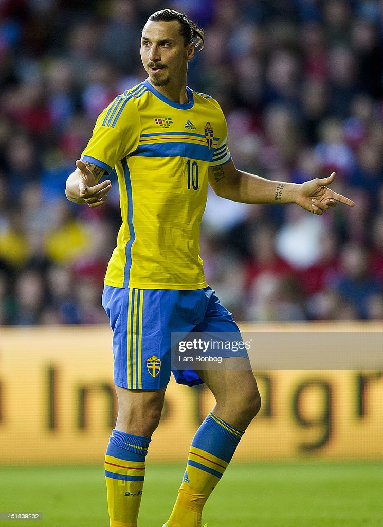 Zlatan Ibrahimovic of Sweden instructs his team mates during the International friendly match between Denmark and Sweden in Parken Stadium on May 28...