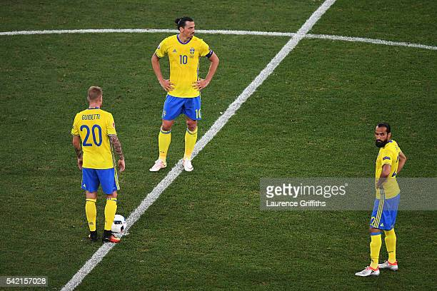 Zlatan Ibrahimovic of SwZlatan Ibrahimovic of Sweden John Guidetti of Sweden and Jimmy Durmaz of Sweden are dejected following a goal from Belgium...