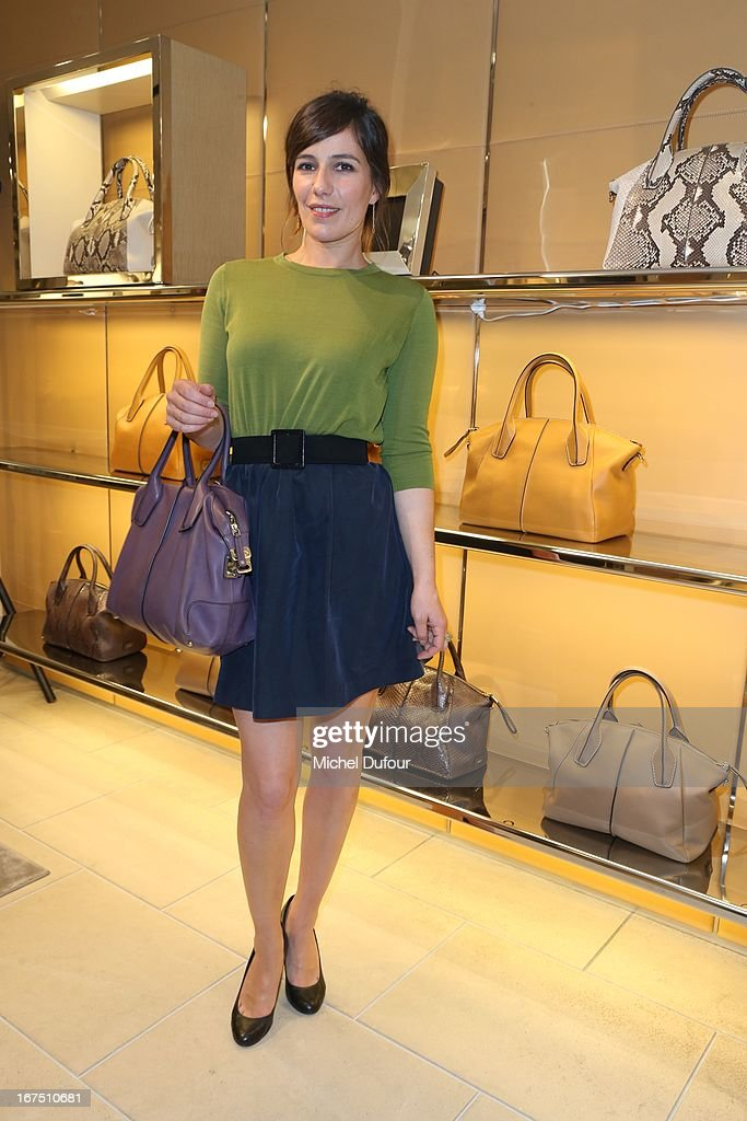 <a gi-track='captionPersonalityLinkClicked' href=/galleries/search?phrase=Zoe+Felix&family=editorial&specificpeople=538434 ng-click='$event.stopPropagation()'>Zoe Felix</a> attends the 'D.D. Bag Collection' Launch Cocktail at Tods Shop on April 25, 2013 in Paris, France.