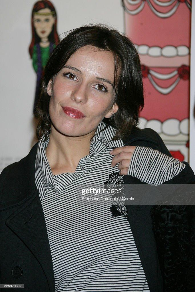 Zoe Felix attends the premiere of 'L'anniversaire' in Paris.