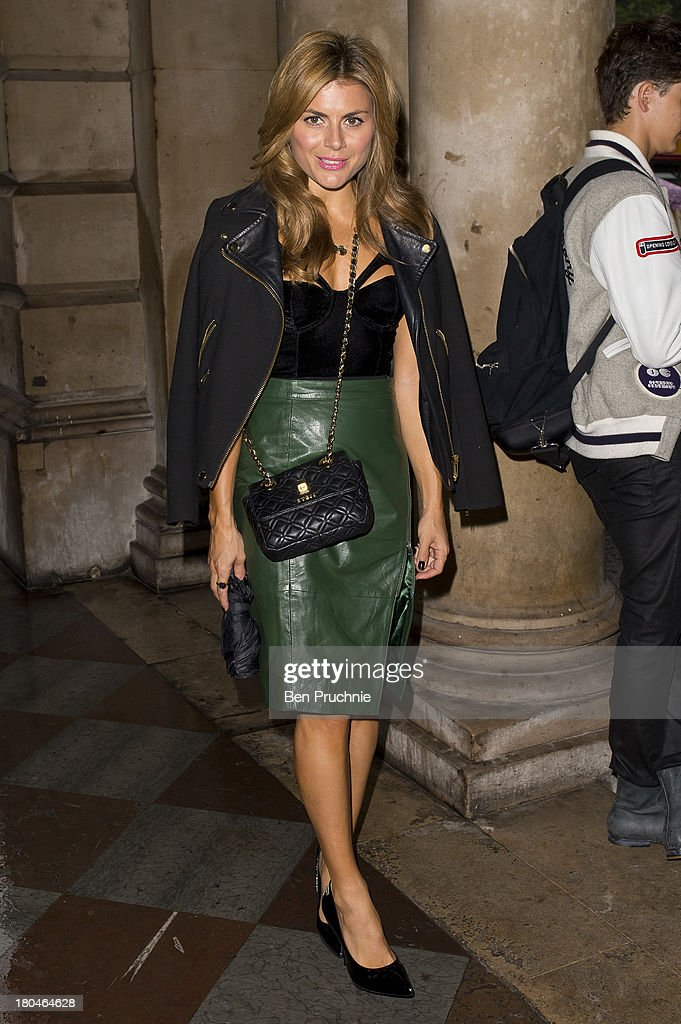 <a gi-track='captionPersonalityLinkClicked' href=/galleries/search?phrase=Zoe+Hardman&family=editorial&specificpeople=2278465 ng-click='$event.stopPropagation()'>Zoe Hardman</a> sighted at Somerset House during London Fashion Week SS14 on September 13, 2013 in London, England.