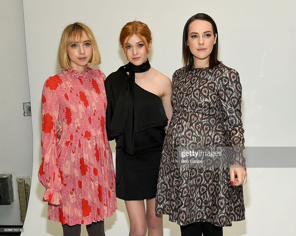 <a gi-track='captionPersonalityLinkClicked' href=/galleries/search?phrase=Zoe+Kazan&family=editorial&specificpeople=3953779 ng-click='$event.stopPropagation()'>Zoe Kazan</a>, <a gi-track='captionPersonalityLinkClicked' href=/galleries/search?phrase=Katherine+McNamara&family=editorial&specificpeople=6829207 ng-click='$event.stopPropagation()'>Katherine McNamara</a> and <a gi-track='captionPersonalityLinkClicked' href=/galleries/search?phrase=Jena+Malone&family=editorial&specificpeople=216548 ng-click='$event.stopPropagation()'>Jena Malone</a> backstage at the Jill Stuart fashion show during Fall 2016 New York Fashion Week at Industria Superstudio on February 13, 2016 in New York City.