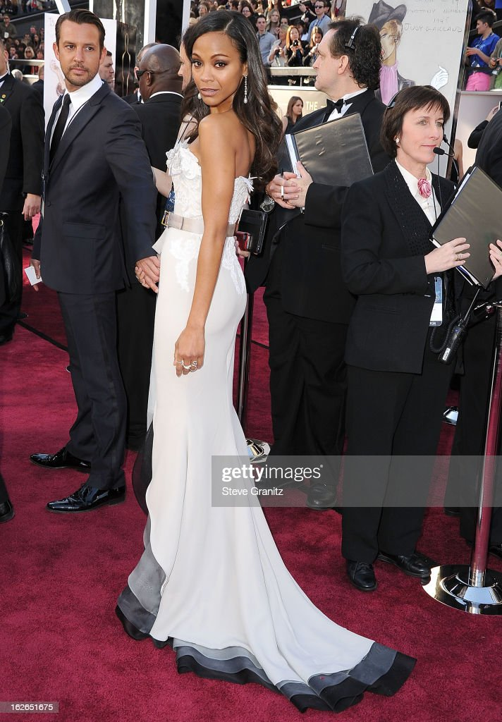 <a gi-track='captionPersonalityLinkClicked' href=/galleries/search?phrase=Zoe+Saldana&family=editorial&specificpeople=542691 ng-click='$event.stopPropagation()'>Zoe Saldana</a> arrives at the 85th Annual Academy Awards at Dolby Theatre on February 24, 2013 in Hollywood, California.