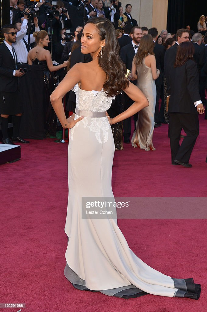 Zoe Saldana arrives at the Oscars at Hollywood & Highland Center on February 24, 2013 in Hollywood, California.