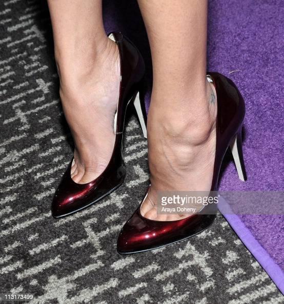 Zoe Saldana attends the 54th San Francisco International Film Festival Midnight Awards honoring Zoe Saldana and Clifton Collins Jr at W San Francisco...