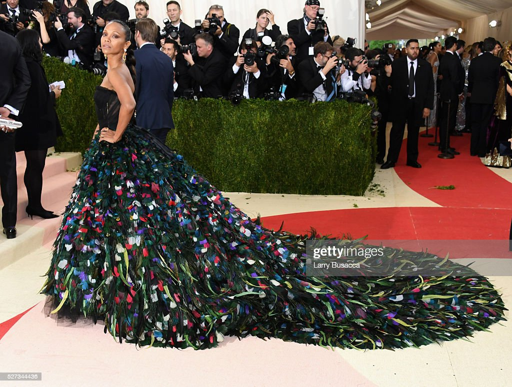 Zoe Saldana attends the 'Manus x Machina: Fashion In An Age Of Technology' Costume Institute Gala at Metropolitan Museum of Art on May 2, 2016 in New York City.