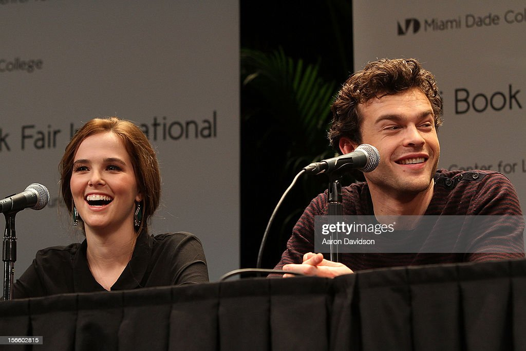 Zoey Deutch and <a gi-track='captionPersonalityLinkClicked' href=/galleries/search?phrase=Alden+Ehrenreich&family=editorial&specificpeople=4069445 ng-click='$event.stopPropagation()'>Alden Ehrenreich</a> attends Warner Bros. 'Beautiful Creatures' Authors And Cast At Miami Book Fair on November 17, 2012 in Miami, Florida.