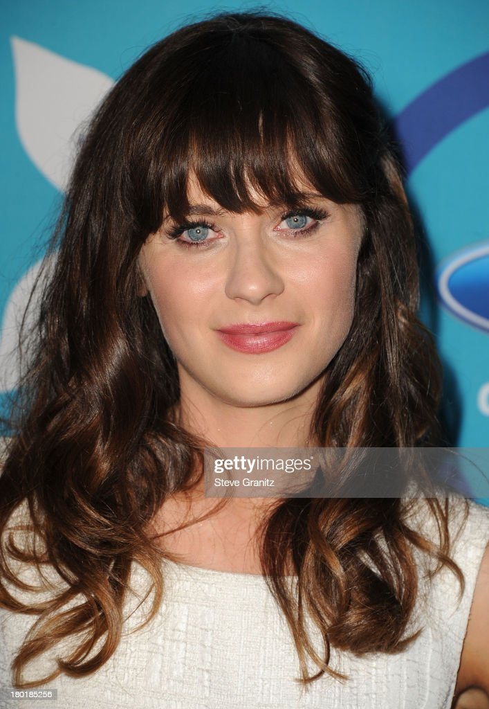 Zooey Deschanel arrives at the 2013 Fox Fall Eco-Casino Party at The Bungalow on September 9, 2013 in Santa Monica, California.