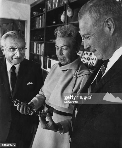Zoological Foundation to sponsor lecture Judge Charles Rosenbaum left Mrs Henry McLister and JClark Blickensderfer examine Australian artifact as...
