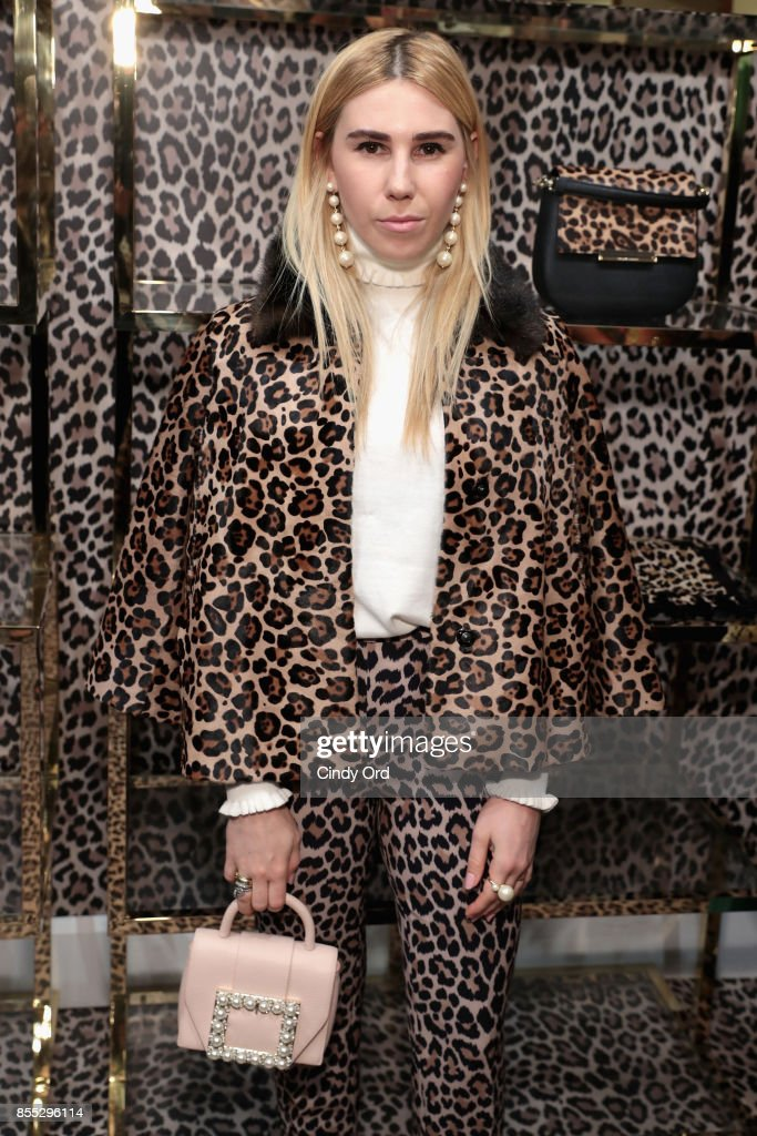 Zosia Mamet attends the Leopard Leopard Leopard Pop-Up Shop hosted by Kate Spade New York & Man Repeller on September 28, 2017 in New York City.