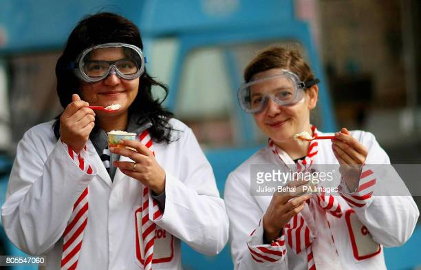 Zowie and Cat from the Cloud Project pose with Ice Cream they made using Nanotechnology as part of Nanoweek in the Science Gallery Dublin