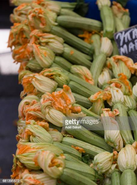 zucchini with flowers ath the market