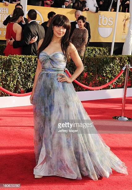 Zuleikha Robinson arrives at the 19th Annual Screen Actors Guild Awards at the Shrine Auditorium on January 27 2013 in Los Angeles California