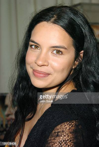 Zuleikha Robinson during 2004 Toronto International Film Festival HP Portrait Studio Presented By WireImage and Kontent Publishing Day 2 at...