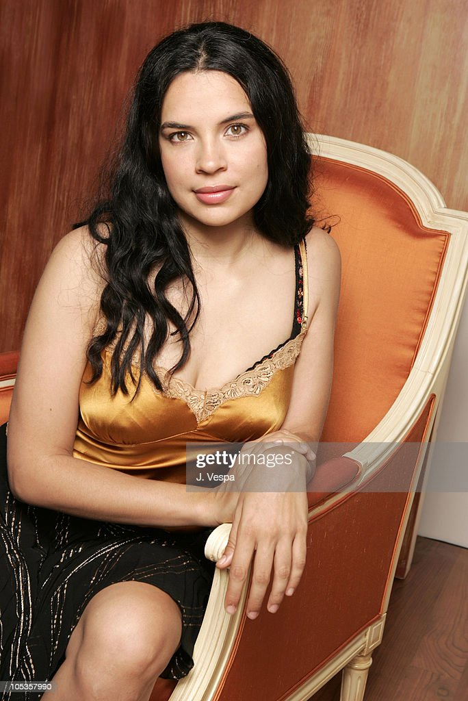 Zuleikha Robinson during 2004 Toronto International Film Festival 'Merchant of Venice' Portraits at Intercontinental in Toronto Ontario Canada