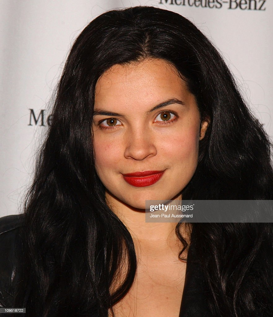 Zuleikha Robinson during MercedesBenz Fall 2004 Fashion Week at Smashbox Studios Day 1 Arrivals at Smashbox Studios in Culver City California United...
