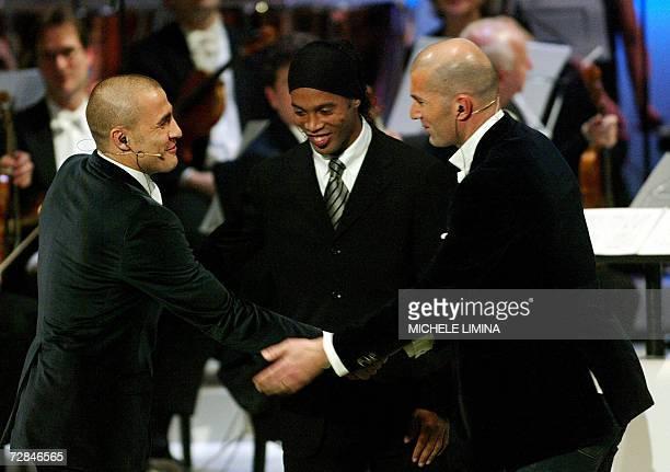 The three best FIFA world players 2006 Brazilian Ronaldinho French Zinedine Zidane and Italian Fabio Cannavaro shake hands during the FIFA world...
