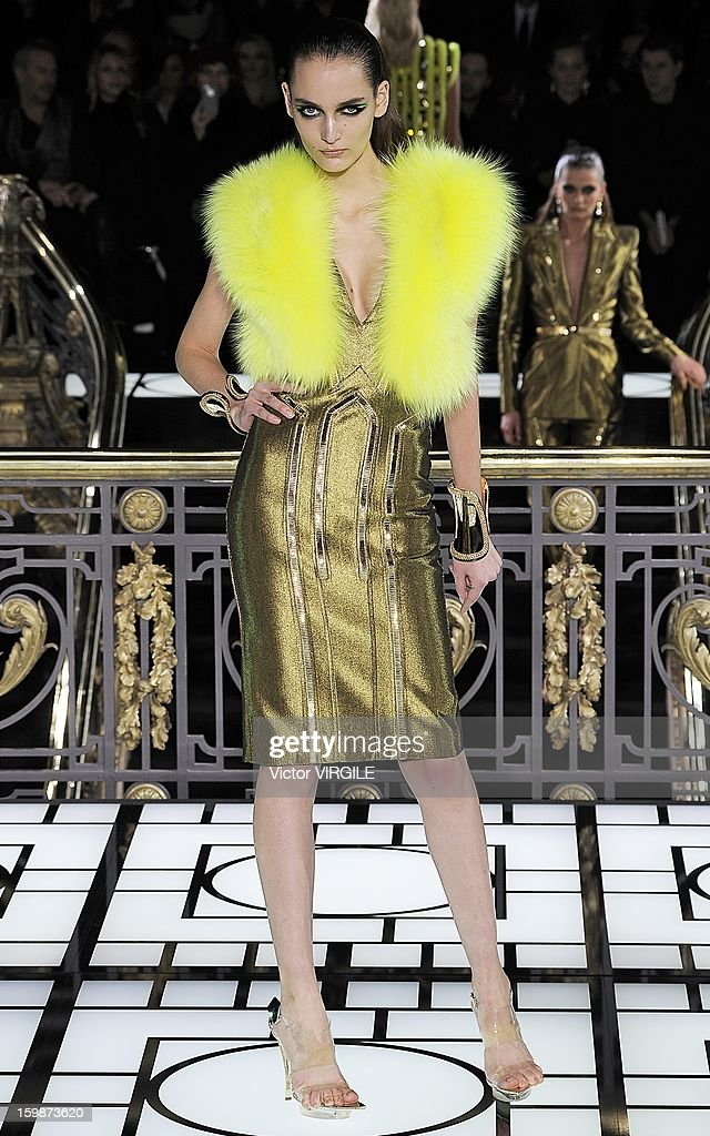 Zuzanna Bijoch walks the runway during the Atelier Versace Spring/Summer 2013 Haute-Couture show as part of Paris Fashion Week at Le Centorial on January 20, 2013 in Paris, France.