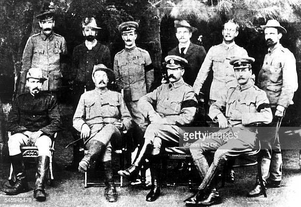 Zweiter Burenkrieg Okt1899Mai1902 Frieden von Vereeniging zwischen Gossbritannien und der Südafrikanischen RepublikSitzend vldie Burengeneräle De Wet...