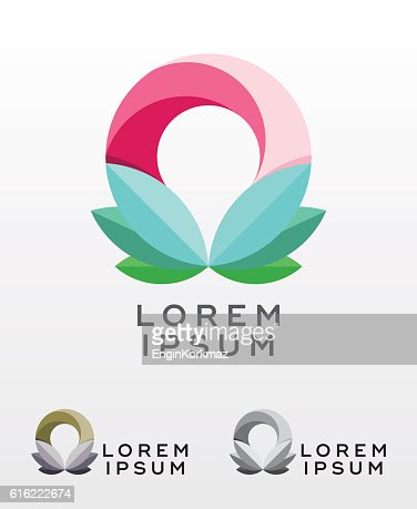 Abstract circular foliage emblem design : Vectorkunst
