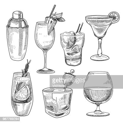 Alcoholic cocktails sketch : stock vector