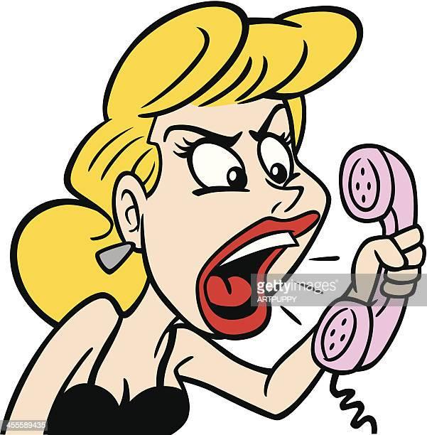 Angry mujer en el teléfono