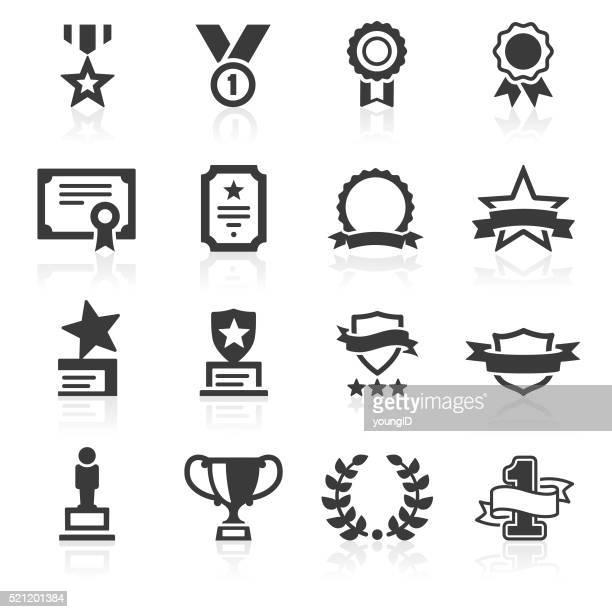 Auszeichnungen Symbole &  Auszeichnungen