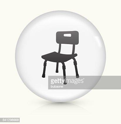fauteuil pour handicap s ic ne sur un bouton vectoriel rond blanc clipart vectoriel getty images. Black Bedroom Furniture Sets. Home Design Ideas