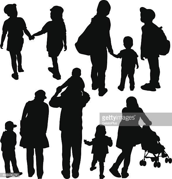 silute single parents A single parent is a parent that parents alone without the other parent's support, meaning this particular parent is the only parent to the child.