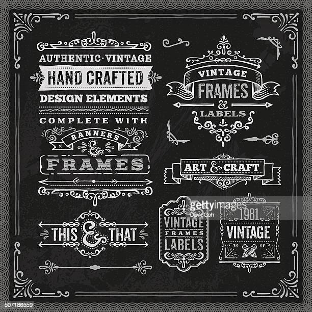 Main dessiné ensemble de l'étiquette Vintage de craie