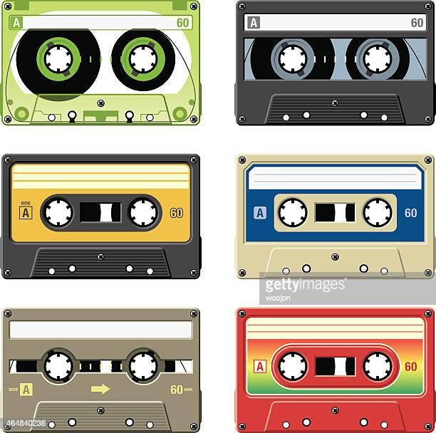 Bandes rétro cassette audio avec une variété de couleurs et de vins
