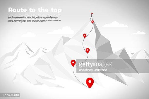 Ruta a la cima de la montaña: concepto de objetivo, misión, visión, trayectoria trayectoria, polígono punto conectar línea estilo : Arte vectorial