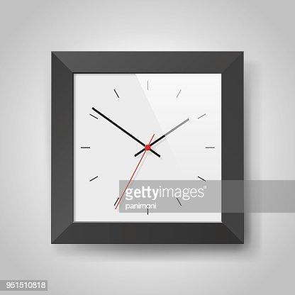 Simple Horloge Realiste Dans Le Cadre De Squre Noir Sur Fond Gris