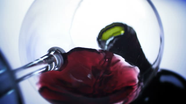 RED WINE POUR-LOW ANGLE-1080HD