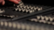 MIXING CONSOLE HD