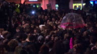 ABLA583A BBC News channel rushes lib/bowie/fans/brixton/0353/11/1/105/5050982