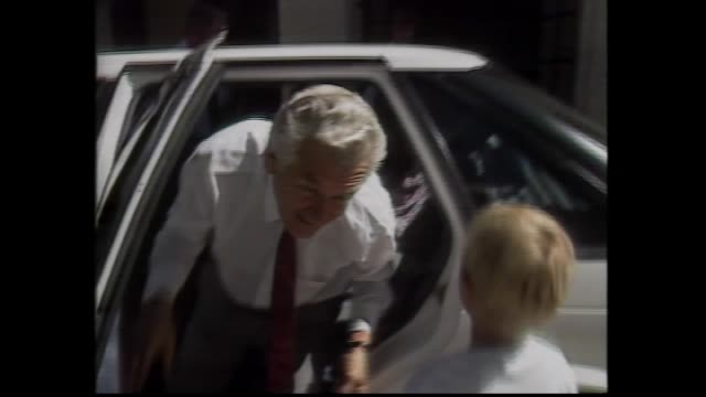 PRIME MINISTER BOB HAWKE IN CAR GREETED BY GRAND KIDS 'WE WON' / HAWKE HUGS FAMILY / HAWKE DOORSTOP PRESSER IV BLAMES VICTORIA FOR POOR RESULT /...