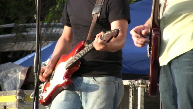 HD 1080 i Elektrogitarre Spieler Konzert im Freien in Austin, Texas, 3