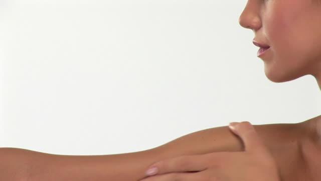 HDV 1080 i60: Feuchtigkeitspflege Haut