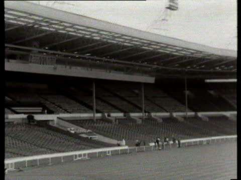 10Jul1966 B/W WS HA PAN ZI Wembley Stadium / London United Kingdom