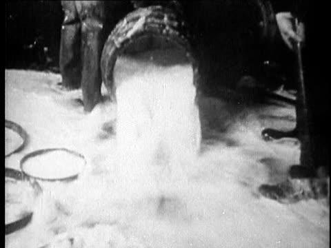 1920s B/W MONTAGE Prohibition USA AUDIO