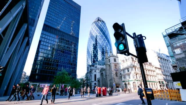 4k time-lapse rörlighet för affärsmän i kontorsbyggnaden zon, London, England