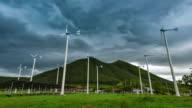 4 k tijd-lapse.windmill en strom.