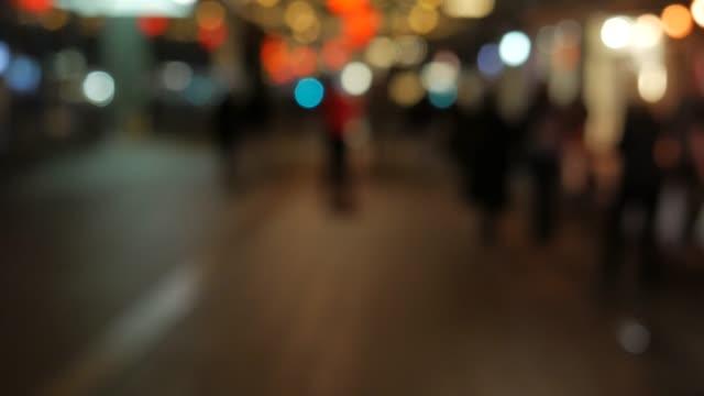 4 K: Circle luce a un mercatino di Natale
