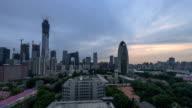 4K-dag naar nacht in Peking Central Business district gebouwen skyline, China stadsgezicht